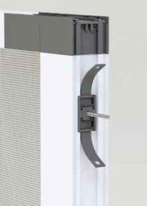 Clip di fissaggio per la regolazione del fuori squadro Binario a terra in alluminio per Essenza 32/42 by Bellini Srl